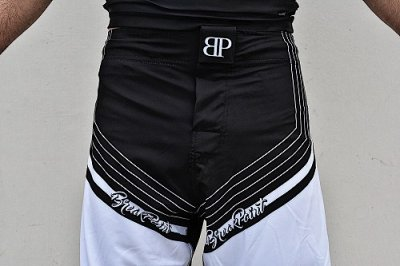 Photo3: Break Point Fight Shorts LINEAGE Black/White