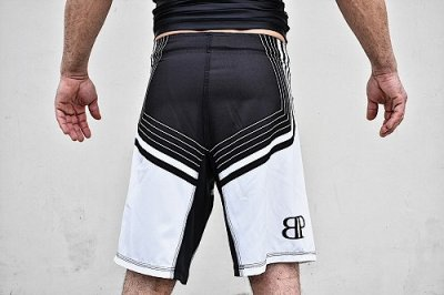 Photo4: Break Point Fight Shorts LINEAGE Black/White